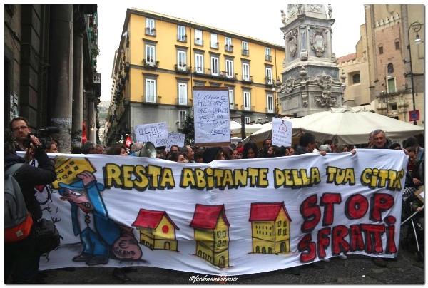 Napoli In Vendita Tra Turismo E Privatizzazioni Critica Urbana